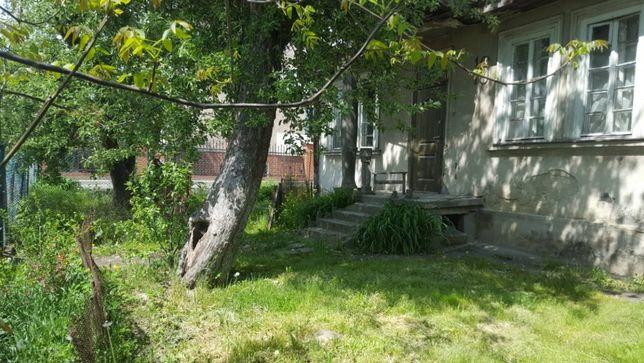 Продається будинок з ділянкою по вул. Сеньковича, 16