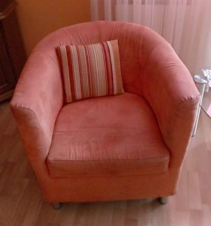 Pomarańczowe fotele