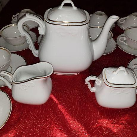 Jogo de chá VISTA ALEGRE com mais de 50 Anos