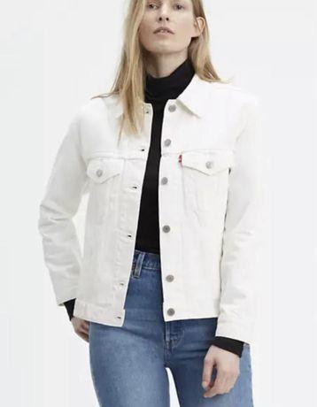 Белая джинсовая  куртка levi's S