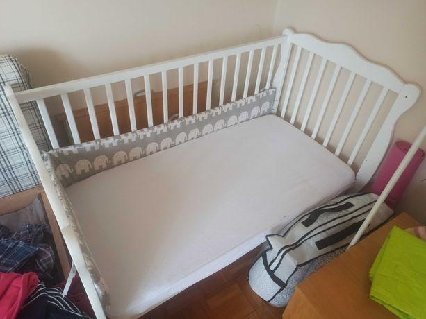 łóżeczko dziecięce niemowlęce białe drewniane