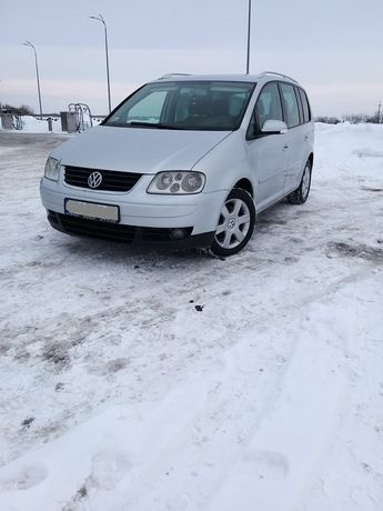 Volkswagen Touran 1.6 чудовий стан,  розмитнений