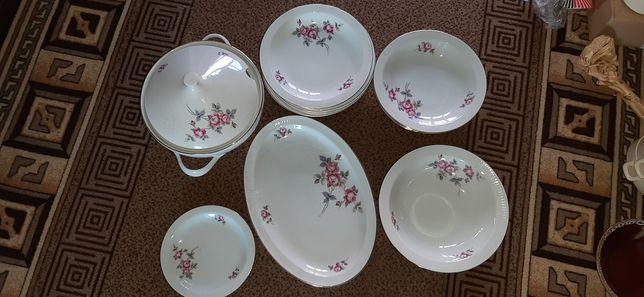 Набір посуди на 6 персон