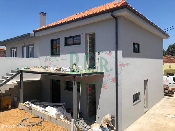 Andar Moradia T2 Totalmente Remodelado - São Cosme