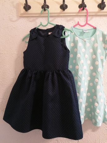 Zestaw sukienek 116