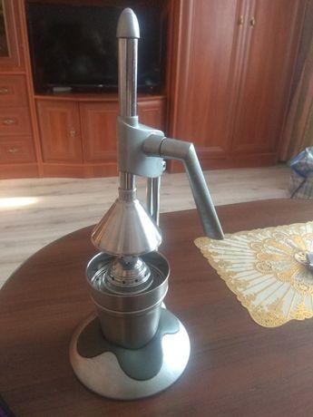 Ручная соковыжималка для гранат