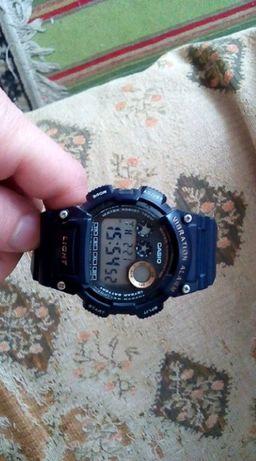 часы многофункциональные Casio