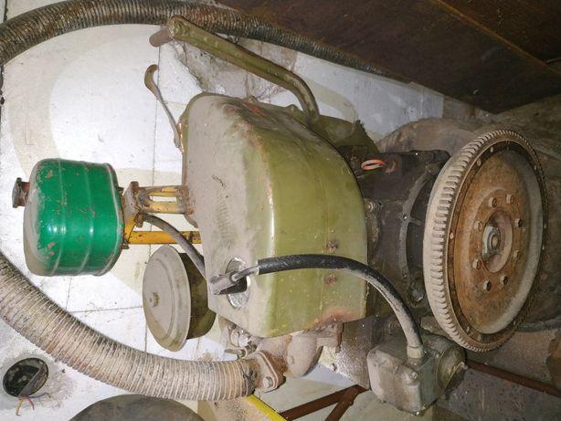 Двигун бензиновий УД-1