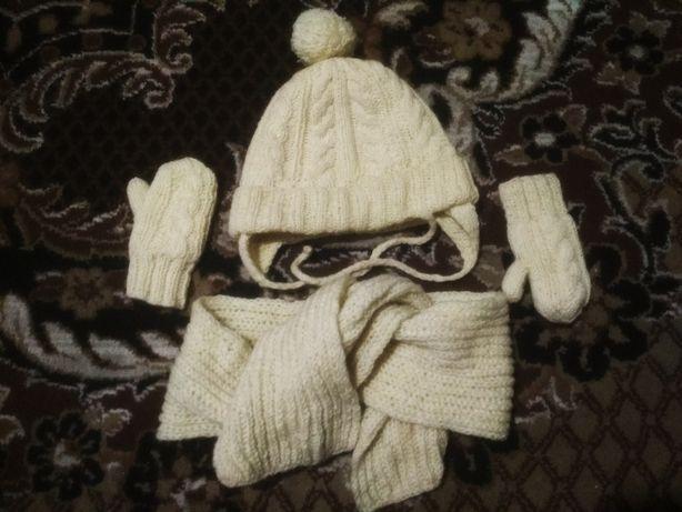Шапка, варежки, шарф на 1-2 годика