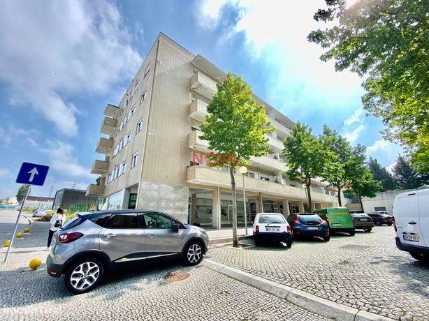 Apartamento T3 Venda em Nogueira e Silva Escura,Maia