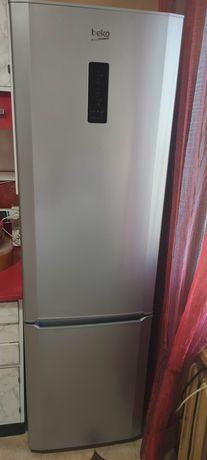 Продам 2х камерный Холодильник BEKO