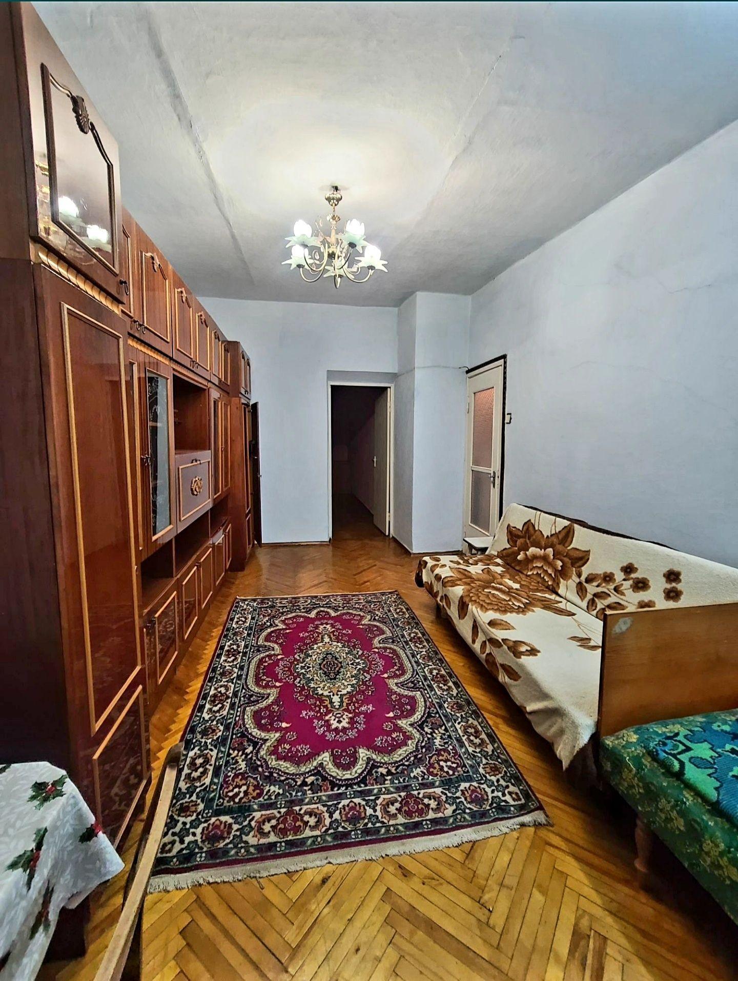 Продається 2х-кімнатна квартира у парковій зоні