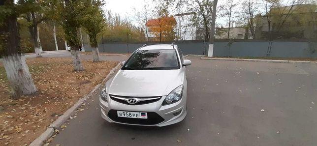 Продам Hyundai i30 CW 1. 6 5МКПП с укр.рег. Торг уместен