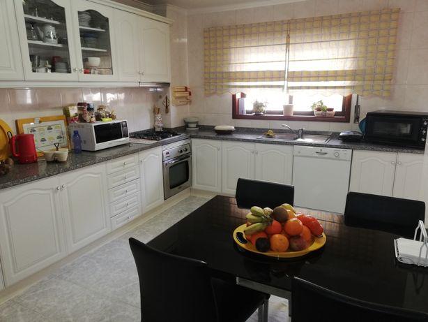 Apartamento Mobilado T4 Oliveira de Azeméis