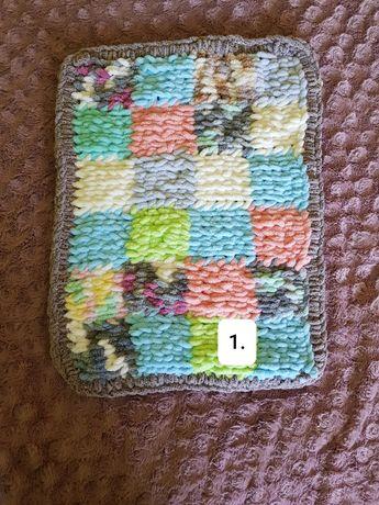 Dywan ręcznie robiony z włóczki Alize Puffy