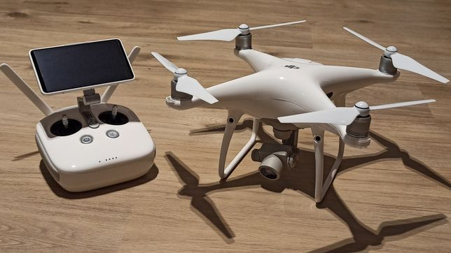 Drone - Filmagens e fotografia aéreas e terrestre.Casamentos,batizados