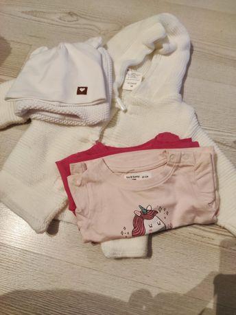 Ciuszki, biały sweterek na guziki, bluzeczki i dwie czapki