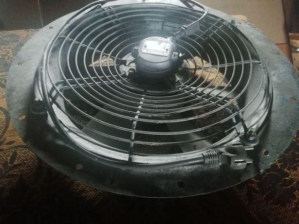 Вентилятор VEB Elektromotorenwerk производства GDR, D=400