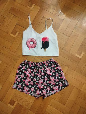 Женская пижама, 500 рублей