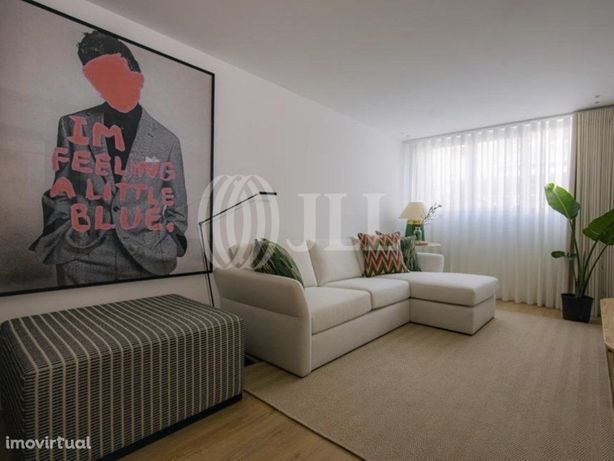 Apartamento T0 novo com varanda, no Bonfim, Porto
