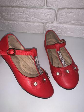 Красные туфельки 26р( 16,5см)