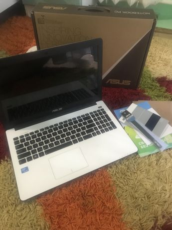 Ноутбук Asus X502C 4 ядра 4 ram 500 gb Повний комплект