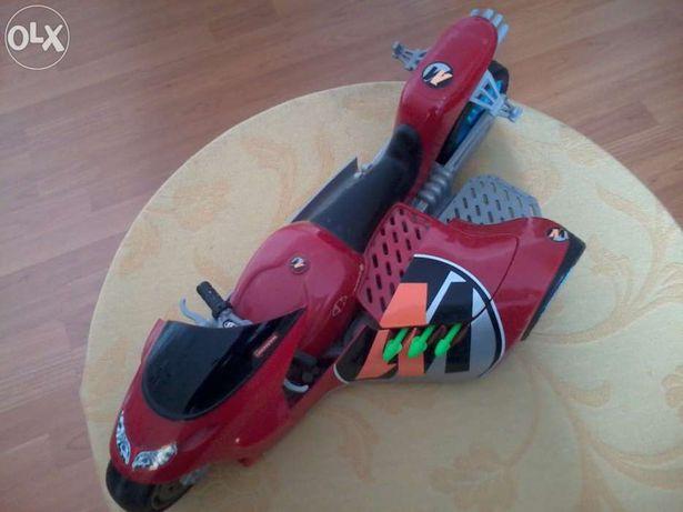 Moto action man