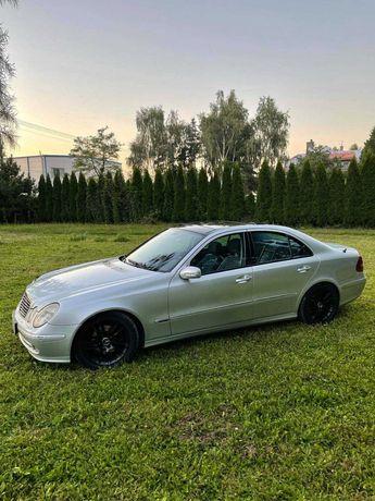 Mercedes Benz E klasa W 211
