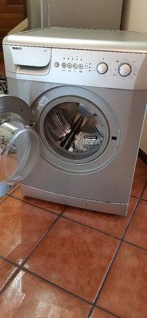 Máquina de Lavar beko