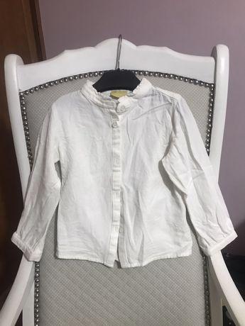 Camisas e blusas