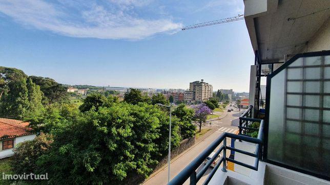 Apartamento T1kitchenette em Matosinhos(Paragem metro parque real)