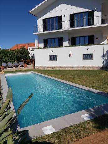 Casa de férias com piscina a 10min a pé da Praia de S Pedro do Estoril