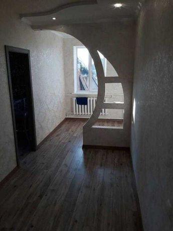 Продам квартиру в Золочеве