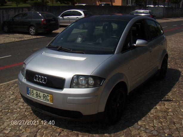 Audi A2 1.4 - 2001.  Negociavel.