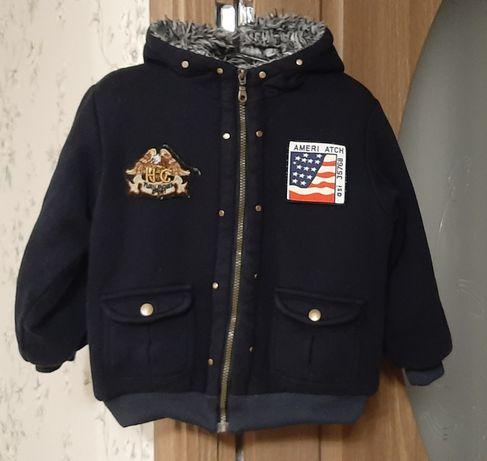 Зимняя курточка на меху.на рост 122-128