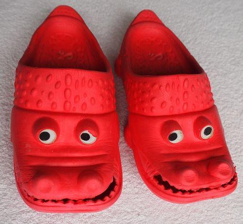 """Urocze, wesołe klapki """"krokodylki"""" dla maluchów - r 26 - bardzo lekkie"""