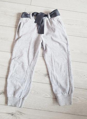 Smyk spodnie welurowe z kieszonkami i tasiemką r. 104
