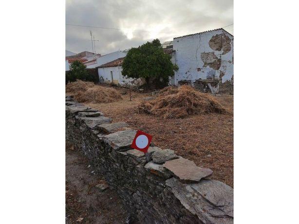 Venda de lote para construção, em vila histórica, na regi...