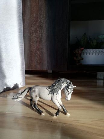Figurka konia schleich wycofana z produkcji