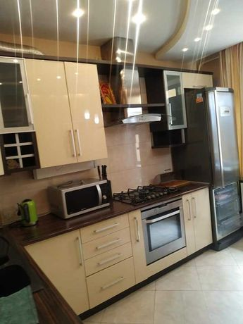 Продаж 3 кім квартири по вул Чупринки