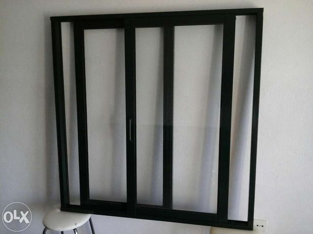 Vendo janela em alumínio