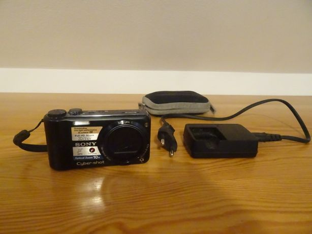 Aparat fotograficzny Sony HX5 z ładowarką i osłoną