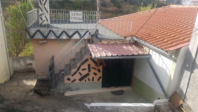 Moradia com 3 quartos c/ vista ao longe p/ o Douro OPORTUNIDADE UNICA