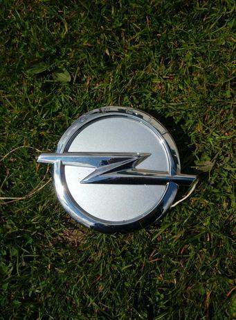 Емблема Opel