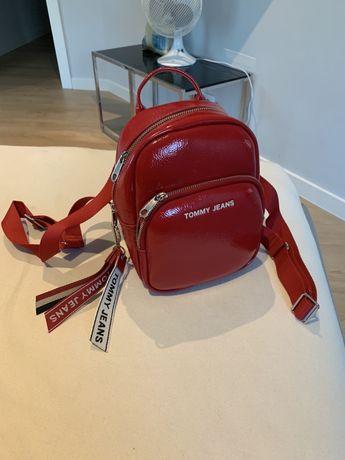 Plecak Tommy Jeans czerwony