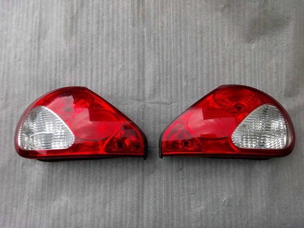 Jaguar X-type lampy tył sedan przedlift