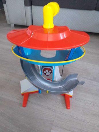 Baza obserwacyjna wieża Psi Patrol