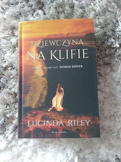 """Książka """"Dziewczyna na klifie"""" Lucinda Reiley"""