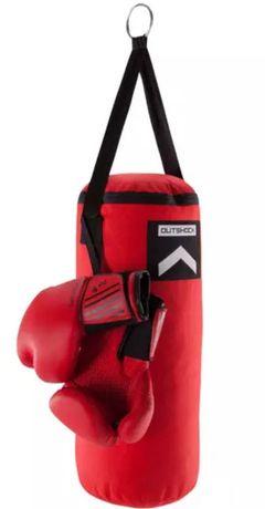 Suporte e saco de boxe