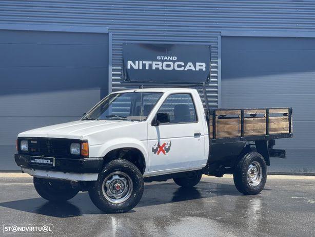 Nissan PICK-UP D21 4X4 2.5 D 3 LUG C/ EXTRAS